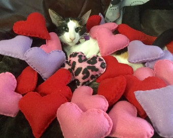 Cat Catnip Heart Toys, Felt Catnip Heart Toys, Heart Cat Toys, Valentine's Heart Catnip Toy, Catnip Toys, Heart for Cats, cat lover gift, Ha