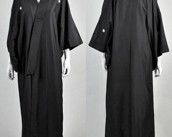 Vintage silk kimono          H2
