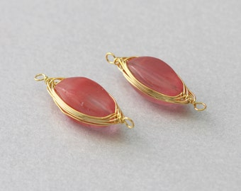 Cherry Quartz Gemstone Connector . Polished Gold Plated . 10 Pieces / G3007G-CQ010
