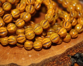 Czech Glass Beads, 6mm Melons 25 Beads