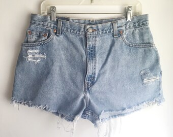 High Waisted Levi's Jean Shorts Cutoffs Size 32