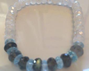 Pearlized chalcedony bracelet