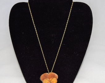 Vintage 1970s resin dipped pansy pendant necklace