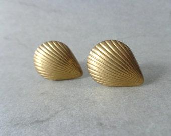 Brass shell cufflinks Men's Cufflinks Men's Accessories Men's Gifts