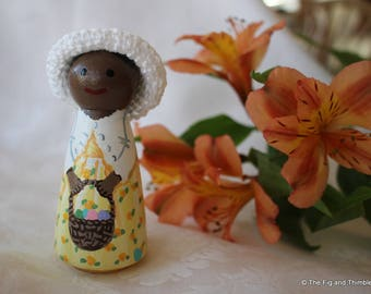 """Easter Girl Peg Doll - Yellow - large size 3.5"""""""