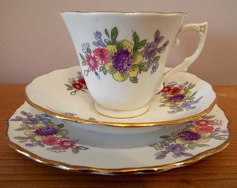 Vintage Teacup and Saucer, English Bone China Teacup Trio, Floral Teacup Gift Set. A pretty 1930s teaset for an afternoon tea party!