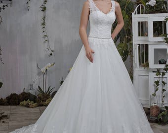 Wedding dress wedding dress bridal gown KELLY + princess dress lace ivory beadwork