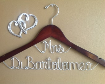 Wedding hanger,bridal hanger, Mrs on top hangers, Wedding hangers, Wedding dress hanger, One line hanger,Bride hanger,personalized hanger