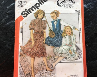Vintage 1980s Girl's Pullover Prairie Dress, Lined Vest and Sash Pattern // Simplicity 5729 > Size 14 > Cinderella Design > gypsy style
