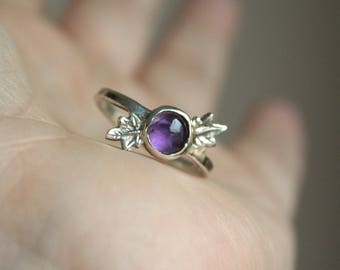 Solitaire Ring Amethyst - Amethyst Silver Ring - Sterling Silver Leaf Ring US7 - Purple Gemstone Ring with Leaves