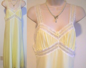 Vintage Yellow Chiffon Nightgown ~ 1960's Linda Lingerie Long Nightgown ~ Double Nylon Chiffon ~ Yellow Nightgown ~ Vintage Nightgown