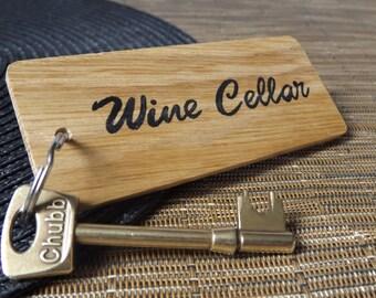 Personalised Large Keyring - Oak wood keyring - Personalised wood keychain - Home Keyring - Cellar keyring - Office, Business, Hotel keyring