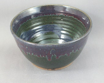 Pottery Medium Bowl Red & Green to Black Glazed REDGTB16