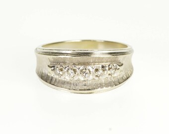 14k Diamond Concave Textured Wedding Band Ring Gold