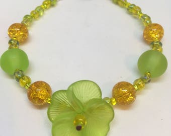 Lime Green & Yellow Crackle Bead Pansy Flower Bracelet Handmade Bracelet-Gifts for women-Gifts for her-Ladies Jewellery-Ladies gifts