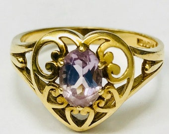 9ct Gold Heart Amethyst Ring