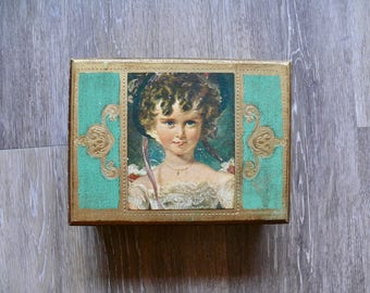 Wooden Florentine Musical Jewelry Box, Hand Painted Maiden, Gold Gilt Green Music Box, Velvet Lining, Hollywood Regency, Mothers Day Gift