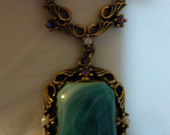 Vintage 1940's-1970s Green Marbalized Glass Or Stone Necklace See Pearl & Pink Rhinestones