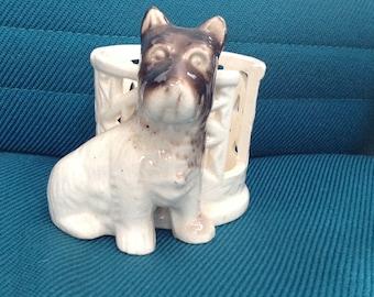 Vintage ceramic scottie dog figurine planter or coaster holder