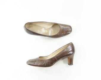 60s Lizard Shoes, Vintage Brown Pumps, Alligator Lizard Shoes, Brown Lizard Shoes, 60s Leather Pump, 60s Vintage Heel, Brown 60s Heel, 7.5