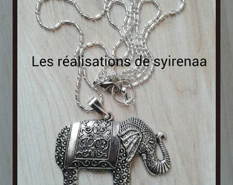 Silver patterned metal elephant pendant