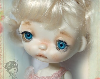 Loulou' ,Full set doll ,in her vintage handcrafted box, collectible BJD' resin OOAK, ball joint doll by Chrishanthi ''Ppinkydolls''