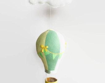 Baby Mobile / Hot Air Balloon Mobile / Crib Mobile / Felt Mobile / Balloon Mobile / Clouds Mobile / Nursery Mobile / White and Yellow