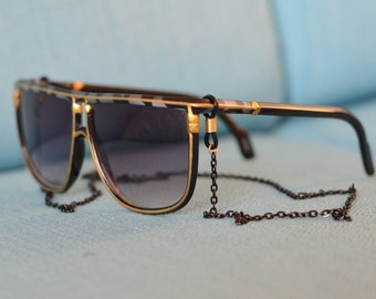 Black sunglasses chain /eyewear retainer - black chain with gold attachment loop