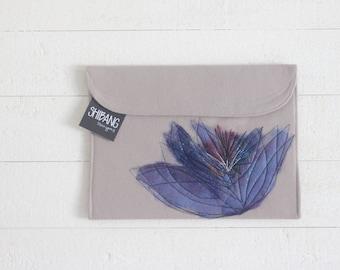 SALE - Wool Ipad Sleeve - Violet