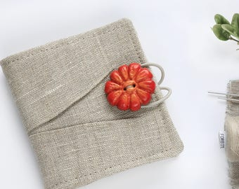 Linen Needle Book with pleats and flower button | Sewing Needle Case | Travel Sewing Kit | Small Needle Book