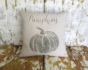 Farmhouse PUMPKIN Pillow / Square Cotton Farmhouse Style Vintage Printed Throw Pillow Farmhouse Cottage Rustic Home Decor Fall Autumn Decor