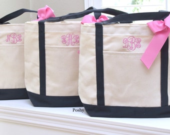 Set of 6 Personalized Wedding Bridesmaids gift Totes Gifts in Black or navy trim