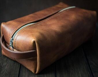 Dopp kit, Leather Shaving Kit, Mens Toiletry Bag, Leather Toiletry Bag, Groomsmen Gifts, Travel case, Shave Bag - English Tan