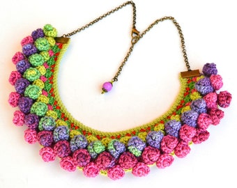 pom pom necklace, colorful statement necklace, colorful ethnic necklace, bold ethnic jewelry, big bold chunky necklace, mexican necklace