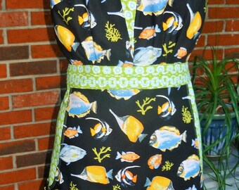 Deep Pocket Traditional Full Apron Wimsimcal Novelty Fish Print