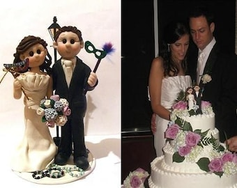 Madi Gras Themed Wedding Cake Topper,Custom wedding cake topper, Bride and groom cake topper, personalized cake topper