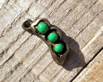 Turquoise/Brass 3 Peas in a Pod Charm 15 x 5mm Set of 5