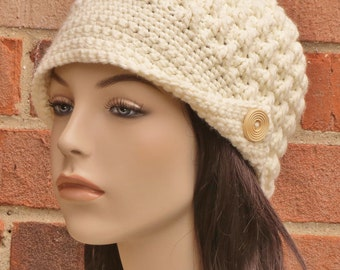 Womens Crochet Newsboy Hat Beanie // THE EMERSON // Cream Off White