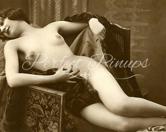 ANTIQUE FRENCH NUDE Vintage Photograph Beautiful Woman Flapper Old Photo Home Decor Wall Art Vintage Pin Up Postcard Photography Paris -213
