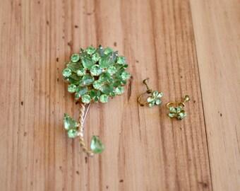 1960s Green Rhinestone Brooch & Earrings Set, Sixties Jeweled Floral Brooch w/ Earrings, Vintage Spring Jewelry, Sparkly Flower Set