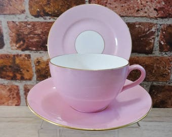Shelley - Candy Pink & Gold - Trio cup saucer side plate