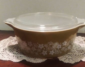 Pyrex Spring Blossom Casserole Dish with Lid