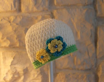 Toddler girls hat with flowers and bead