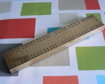 Shiny Brass Cribbage Board with Red Baize Backing - Great Addition to the Games Room or Home Bar