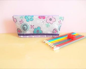 Kit with colored pencils and accessories - flowers