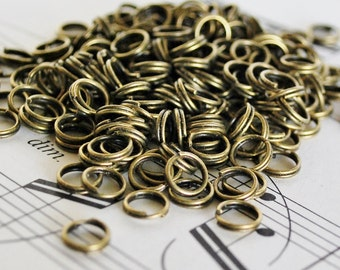 200 6mm Antiqued Brass Split Rings