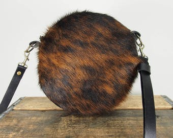 Round Crossbody Canteen Purse in Cowhide Leather