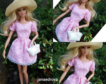 Dress and accessories for Barbie - pink