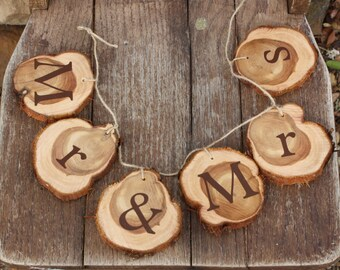 Rustic Wedding Decor, Mr & Mrs Sign, Hanging, Jute with rustic cedar wood slices, for wedding, party, project, DIY