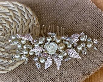 Ivory Wedding comb. Bridal Headpiece. Bridal Hair Piece. Bridal Hair Ornament, Ivory Wedding Hair Piece,Pearl Wedding Headpiece